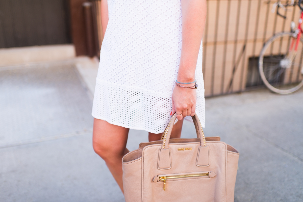 Kayla Alewel white outfit and bag detail